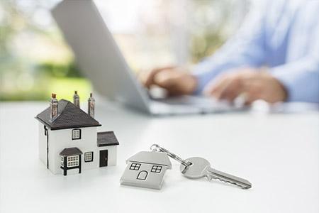 Vendre votre maison en ligne avec maison modèle et clé